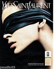PUBLICITE ADVERTISING 016  2003  YVES SAINT LAURENT  cosmétiques  fond de teint