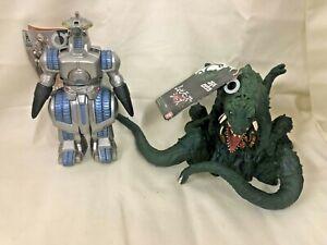 Moguera and Biollante Movie Monster series Figure