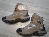 Under Armour Speed Freak Bozeman 1250115 946  man boots sz 9.5  BRAND NEW