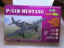 REVELL SNAP TITE BOXED PLANE  P51 D  MUSTANG 1/100  85-1374