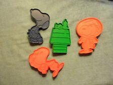 Vintage Peanuts Snoopy Cookie Cutters, Plastic, United Feature Syndicate, (4)