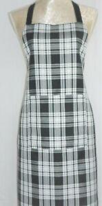 APRON, SCOTTISH TARTAN BLACK & WHITE. FRONT POCKET.'Made in Scotland' GIFT IDEA