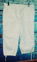 Ann Taylor Loft women's capris pants size 12P white