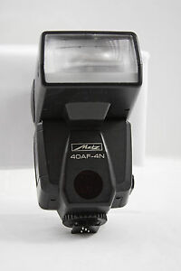 NIKON DEDICATED METZ 40AF-4N CAMERA FLASH UNIT