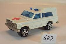 Majorette 1/64 Nr. 269 Jeep Wagoneer Ambulance Krankenwagen Nr.2 #682