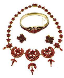 Bohemian Garnet Necklace Bracelet Earrings Star Moon Victorian Museum Quality