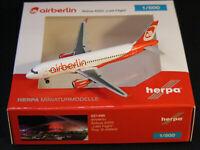 Smart Wings Boeing 737-800 1:200 Herpa Snap-Fit 610780 FlugzeugModell NEU B737