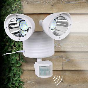 White Solar Powered Motion Sensor Light 22 SMD LED Garage Outdoor Waterproof