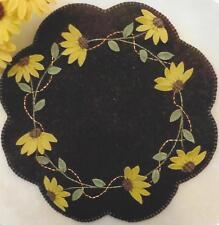 Black-eyed Susans wool applique penny rug candle mat quilt pattern