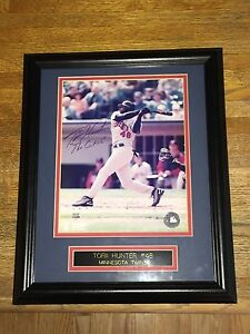 Torii Hunter Autographed/Framed Twins Photo-VG Condition