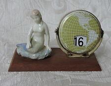 Vintage Revolving Globe Calendar Porcelain Mermaid c.1960 Calendario perpetuo