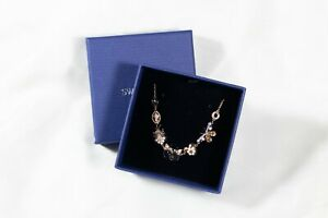 Swarovski crystal earring, necklace, or bracelet