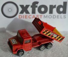 Voitures, camions et fourgons miniatures rouges Majorette