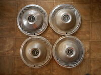 Ford 68 or 69 ? Vintage Hubcaps ? AS IS as found Model Lot of 4 Very dented used