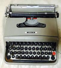 Macchina da scrivere typewriter OLIVETTI lettera 22 anni '50 originale VINTAGE