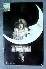 CPA  Petite Fille et la Lune   Réf A/238/01