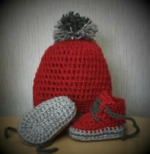 HANDMADE CROCHET BABY FIRST SHOES AND HAT WOOL CASUAL SHOES BOOTS SLIPPERS