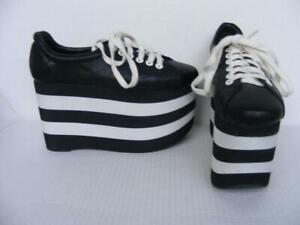 platform tennis shoes black