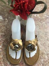 680537f0d69e2 Colin Stuart Fashion Gold Leather Flower Thong Slippers Shoes Size 8.5B EUC