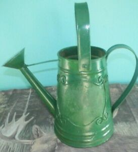 Antique Metal Watering Can Green Decorative Collectible Plants Yard & Garden