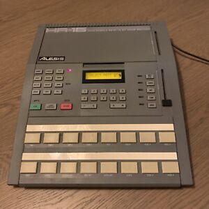 Alesis Hr-16 16Bit Drum Machine