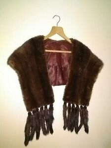 Vintage mink stole with 12 tails
