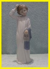 Nao / Lladro - Boy With Slippers - Camison Nuevo Dia - Brillo - Porcelain Spain