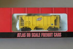 ATLAS PS-2 2 BAY COVERED HOPPER CHICAGO & NORTHWESTERN CNW CNW 4129