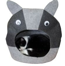 Little Pete Cat Bed Cozy cave for your pets - for all size cats and small dogs