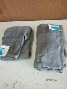 Set of 2 Solid Bath Towels - Room Essentials Gray 30in x 52in and 12in x 12in