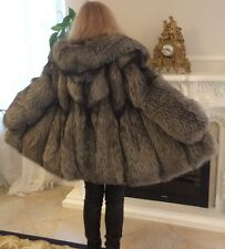Luxurious Silver Fox Fur Coat Fuchs  with hood.