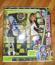 MONSTER HIGH MAD SCIENCE CLASSROOM 2 PACK GHOULIA YELPS & CLEO DE NILE