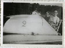 PHOTO ANCIENNE - VINTAGE SNAPSHOT - PÉDALO LAC GÉRARDMER DRÔLE - PEDAL BOAT 1947