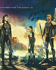 **The Hunger Games: Catching Fire *MOVIE CAST* Signed 8x10 Photo AD1 PROOF COA**