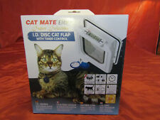 "Cat Mate ""Elite"" 305W Super Selective Electronic I.D. Disc Cat Flap/Door w/Timer"