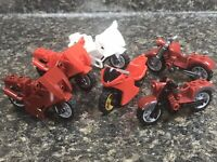 Lego Lot of 6 Motorcycles City, Racing, Vintage Style. Red, White, Dark Red A29