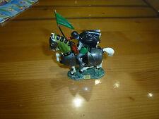 Cavalier bouclier cheval caparacon + plaque, Moyen Age, Starlux, ref. FH42055