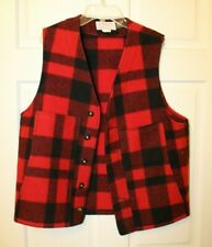 C.C. Filson Black Red Plaid Wool Button Hunting Vest Jacket Men's 40 5 button