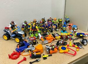 Lot 1999-2002 Mattel Fisher Price RESCUE HEROES Figures Animals & Accessories