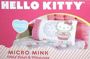 SANRIO HELLO KITTY WINTER SNOW MICRO MINK TWIN FITTED SHEET & PILLOWCASE 2PC SET