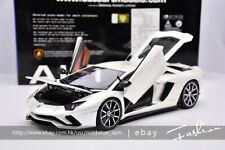 AUTOart 1:18 Lamborghini AVENTADOR S White