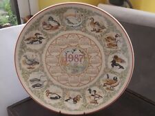 WEDGWOOD QUEENS WARE DECORATIVE CALENDAR PLATE FOR 1987  SHOWING  WATER BIRDS