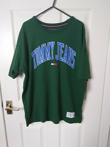 Men's Tommy Hilfiger Jeans collegiate T-shirt GRAPHIC Logo  Spellout Large Green