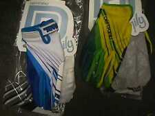 LOT 2 PAIRS DEFT FAMILY GLOVES YELLOW & GREEN, PURPLE/WHT/BLUE LARGE-med M adult