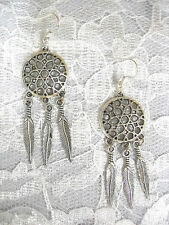 ROUND STAR FLOWER DREAM CATCHER 3 DANGLING FEATHERS SILVER ALLOY DANGLE EARRINGS