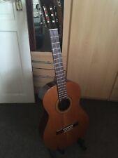 CUENCA modèle 30-fait main en Espagne-Flamenco Guitare classique Très bon état Look