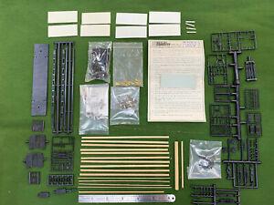 HOn3 Assorted Parts – E&B Valley Gondola, Rio Grande Models Baggage Car.