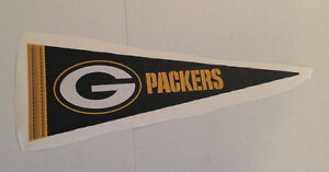 """Green Bay Packers FATHEAD Official Team Pennant 24"""" x 9"""" NFL Wall Graphics"""
