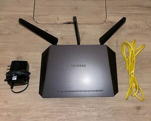 NETGEAR Nighthawk Smart Wi-Fi Router R7000 (AC1900)