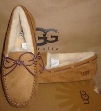 UGG Australia Women's DAKOTA Chestnut Suede Moccasin Size US 10, EU 41 NIB #5612